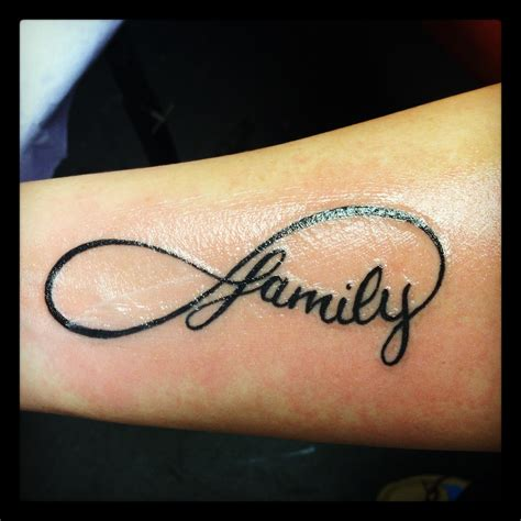 tattoo pictures family i love my family tattoo