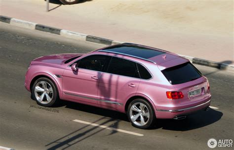bentley dubai passion pink bentley bentayga shows up in dubai offends