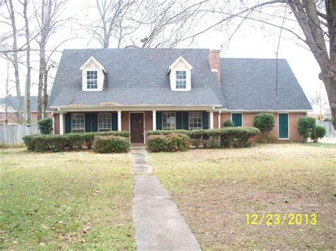 awesome homes for sale in tupelo ms on tupelo mississippi