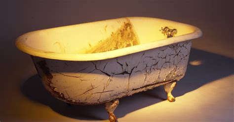 remove copper stains   bathtub ehow uk