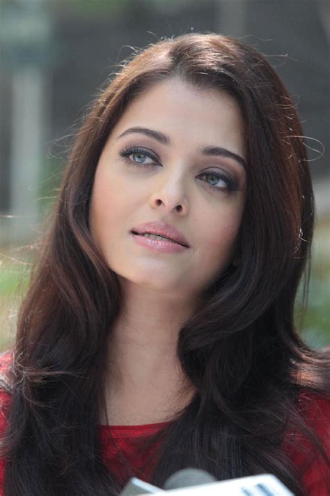 Aishwarya Rai Bachchan Celebrates her 40th Birthday (18)