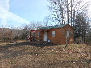 cozy efficiency cabin between fall creek falls and