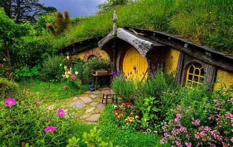 new zealand hobbit houses hobbit house in new zealand architecture pinterest
