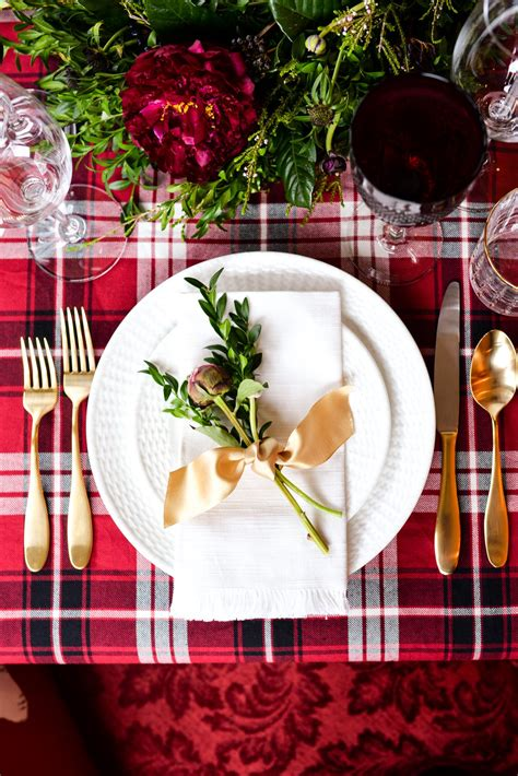 how to set a christmas table two christmas table settings stacie flinner