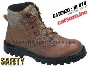Catenzo Sepatu Boot Adventure Rr 003 toko sepatu safety dan sepatu gunung