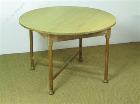Breakfast Dining Tables Heal S Limed Oak Circular Dining Breakfast Table Antiques Atlas