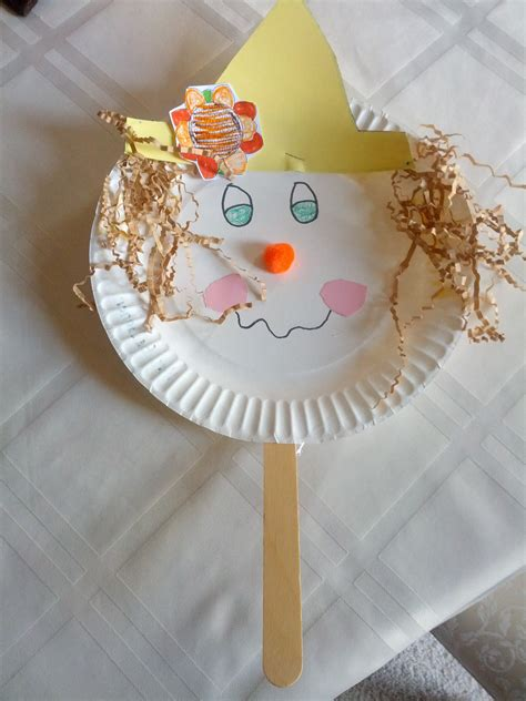 Scarecrow Paper Plate Craft - paper plate scarecrow teaching teaching