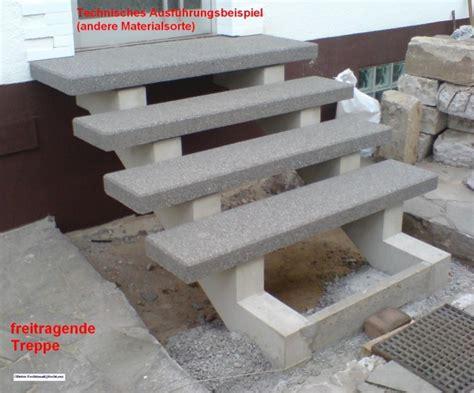 stahlgeländer aussen treppenstufen holz auf beton bvrao