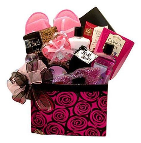 best mothers day gifts 15 best happy mother s day gift baskets 2016 gifts for