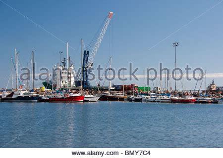 fishing boat jobs peterhead fishing boats in peterhead harbour aberdeenshire highland