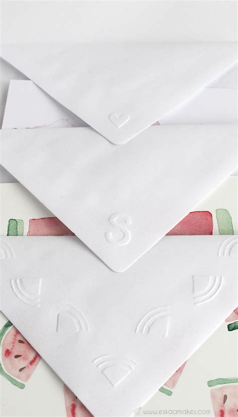 How To Make Embossed Paper - how to make simple embossed envelope 187 es kaa makes
