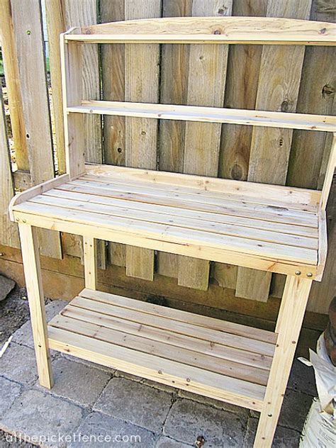 picket fence bench picket fence bench a potting bench love story at the picket fence