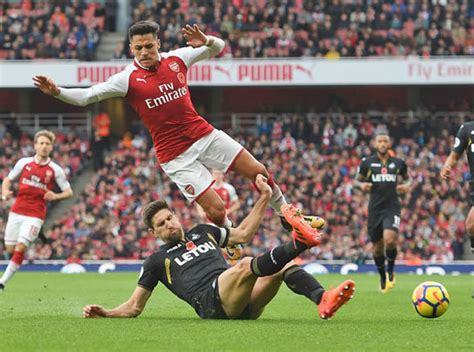 alexis sanchez to psg neymar to real madrid arsenal ace sanchez to replace