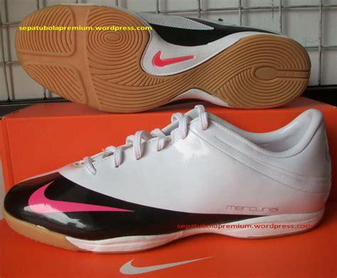 Futsal Evospeed Ic Black nike mercurial veloci v ic white black pinkflash