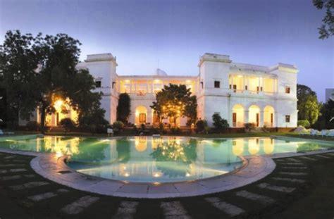 priyanka chopra house in goa address shah rukh khan to priyanka chopra the holiday homes of