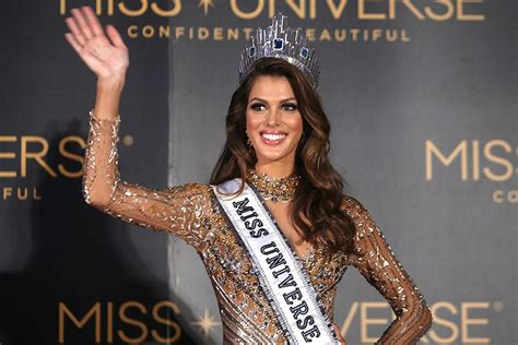 winner of miss universe 2016 miss universe 2016 winner iris mittenaere meets