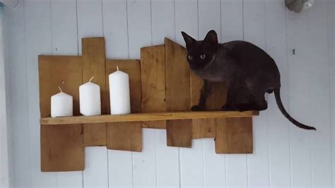 easy diy pallet projects  shelf   offcuts