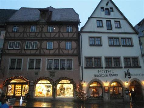 hotel gothisches haus veduta esterna mattutina foto hotel gotisches haus