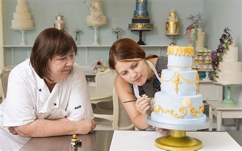 how much should a wedding cake cost uk how is it to make a wedding cake telegraph