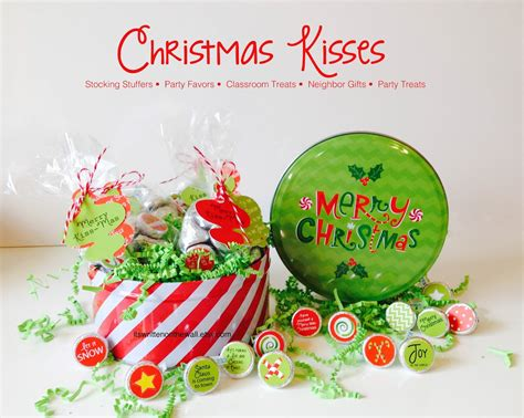 images of christmas kisses it s written on the wall 286 neighbor christmas gift
