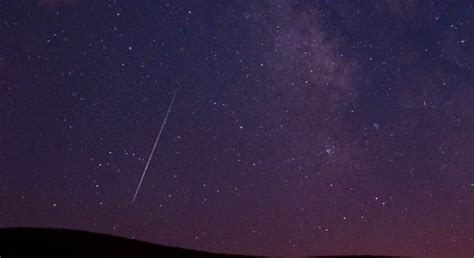 Meaning Meteor Shower by Perseids Meteor Shower Hd Wallpapers