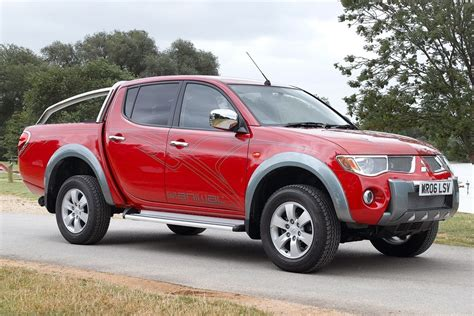 mitsubishi pickup 2013 used pick up buying guide mitsubishi l200 2006 2013