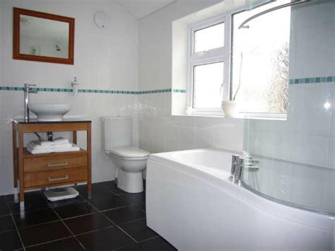 badezimmerfliesen layout ideen badezimmer gestalten wie gestaltet richtig das bad
