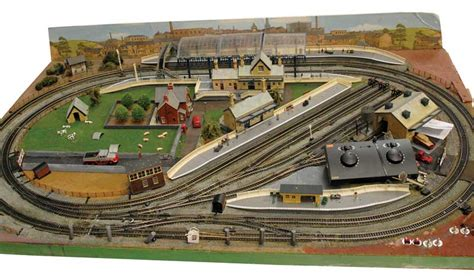 Signal Shed by Oo Gauge Layout Vectis Toy Auctions