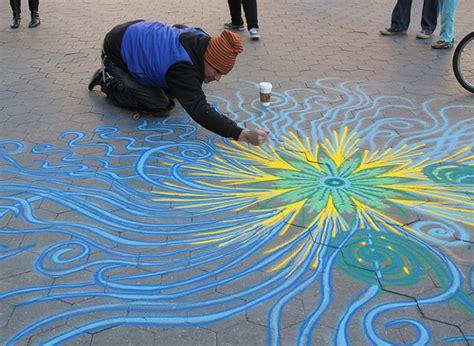 sand painting for free joe mangrum sand painting laughingsquid joe mangrum