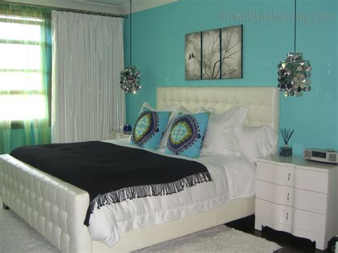 Aqua Bedroom Decorating Ideas by Turquoise Bedroom Decorating Ideas