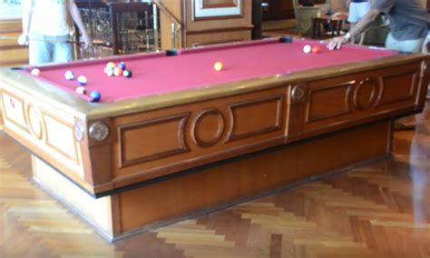 gyroscopic self leveling pool table play in any condition
