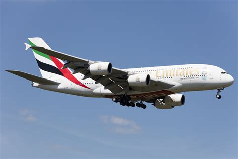 emirates germany emirates a6 eek airbus a380 861 05 05 2016 fra