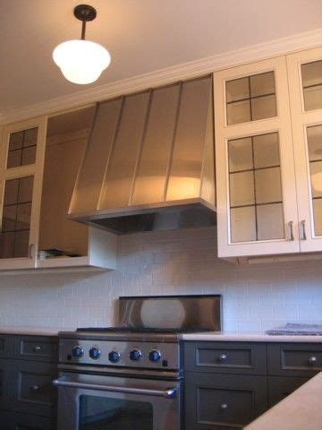 nice hoods kitchen cabinets 7 kitchen cabinets with range 17 best images about two tone cabinet configuration on