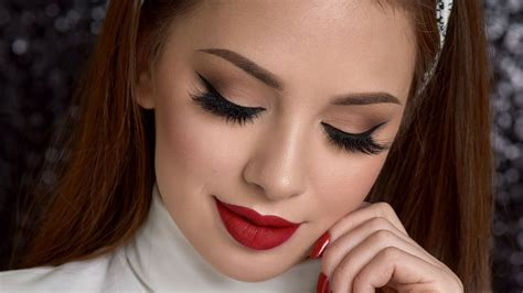 natural makeup tutorial with red lips neutral smokey eye red lips makeup tutorial youtube