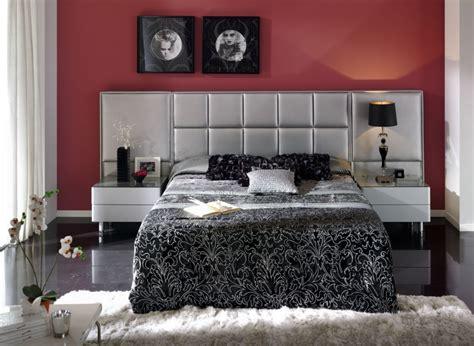 schlafzimmer rot schlafzimmer in rot gestalten 25 kreative ideen