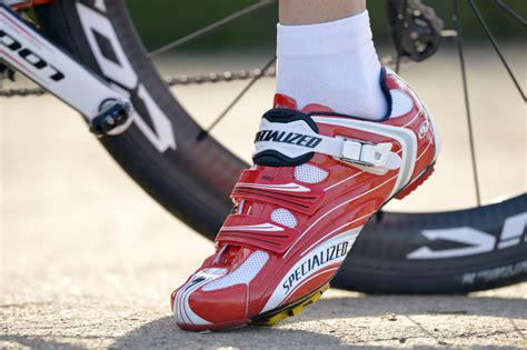 road bike shoes you can walk in mountain bike shoe guide what is best for you