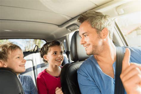 Ab Wieviel Jahren Dürfen Kinder Im Auto Vorne Sitzen by Kinder Im Auto Was Es Zu Beachten Gibt Unfallhelden