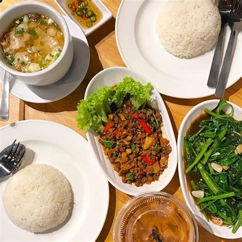 food to eat on a boat cheap good food and restaurants in singapore burpple