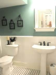 ideas to decorate bathroom walls 15 half painted wall decor ideas