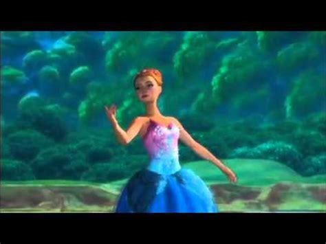 film barbie e le scarpette rosa barbie e le scarpette rosa una clip sulle musiche di