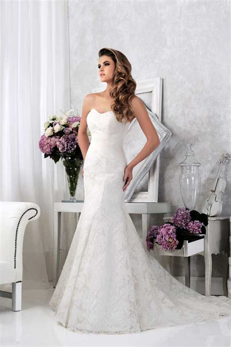 20 of the best wedding 20 of the best new lace wedding dresses for 2014