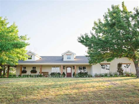gaines house fixer upper second chance at a home in the country hgtv