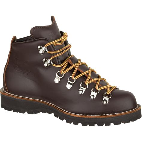 danner women s mountain light cascade hiking boot danner stumptown mountain light cascade boot women s
