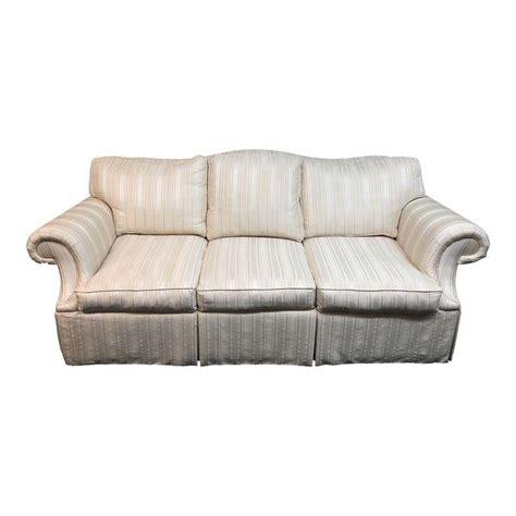 camelback sofa ethan allen camelback sofa ethan allen ethan allen camelback sofa by