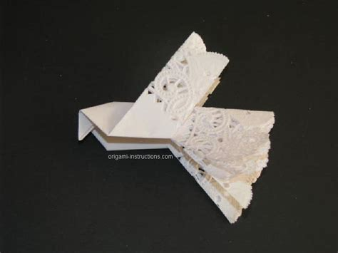 Easy Origami Dove - origami dove origami and paper sculpture
