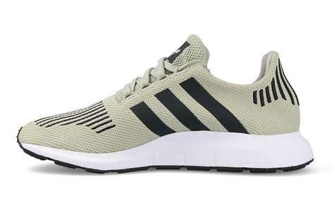 chaussures homme sneakers adidas originals run cg4114 sneakerstudio