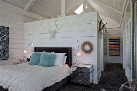 cabina armadio dietro il letto armadio dietro letto arredamento casa sistemare l