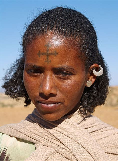 tattoo cross on forehead 183 best images about africa adorned excl omo