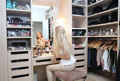 Begehbarer Kleiderschrank Frau Traum by Begehbarer Kleiderschrank Der Traum Jeder Frau