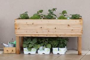 how to build an elevated wooden planter how tos diy